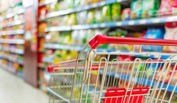 Наодин супер- ігіпермаркет вПольщі припадає 4509 осіб
