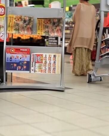 Робот WiiGo, який тестується мережею Auchan