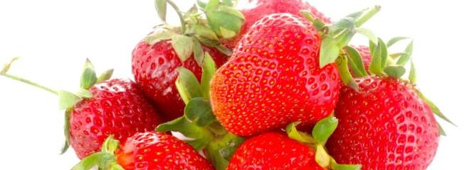 Аграрії звинувачують негоду у високих цінах на овочі та полуницю