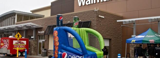 """США: Walmart і Nextdoor запускають нову програму """"Сусіди допомагають сусідам"""""""
