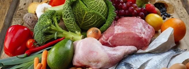 Больше всего в июне подорожали фрукты, мясо, хлеб и подсолнечное масла