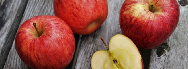Ціни на яблука в Польщі зросли на 94%
