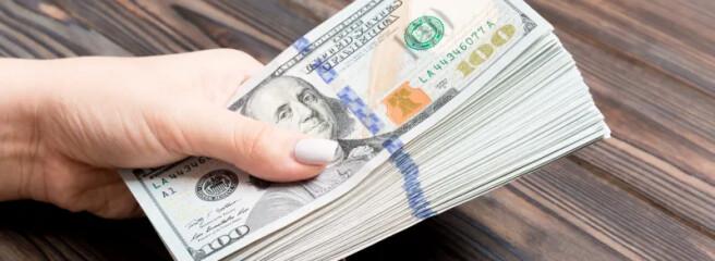 40% потребителей в мире испытывают финансовые трудности и сокращают расходы